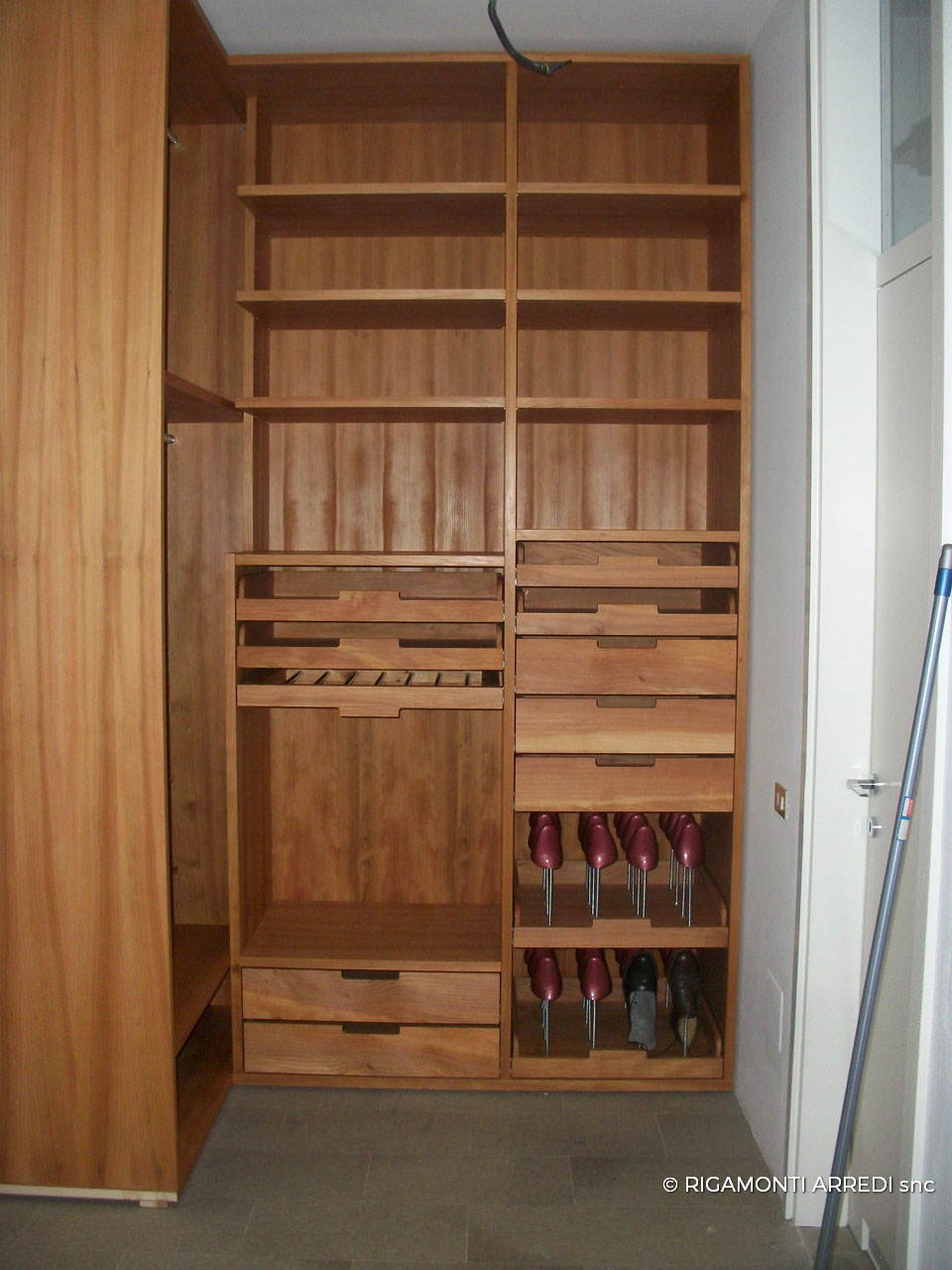 Walk In Closet Beech And Cedar Wood