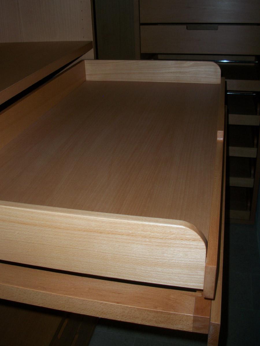Custom made furniture artisans from brianza rigamonti for Brianza arredi
